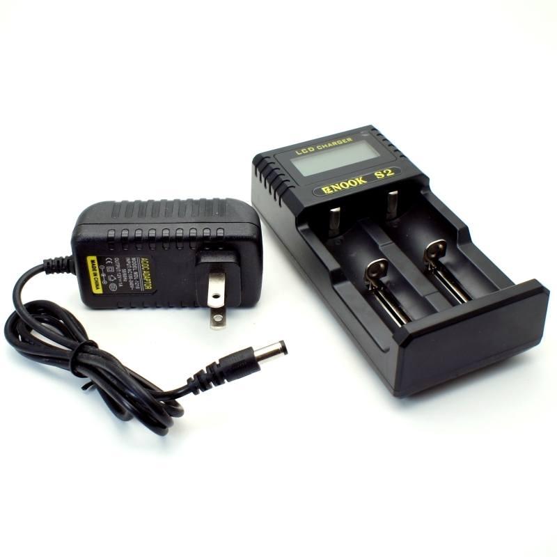 cargador enook S2 y cable de corriente